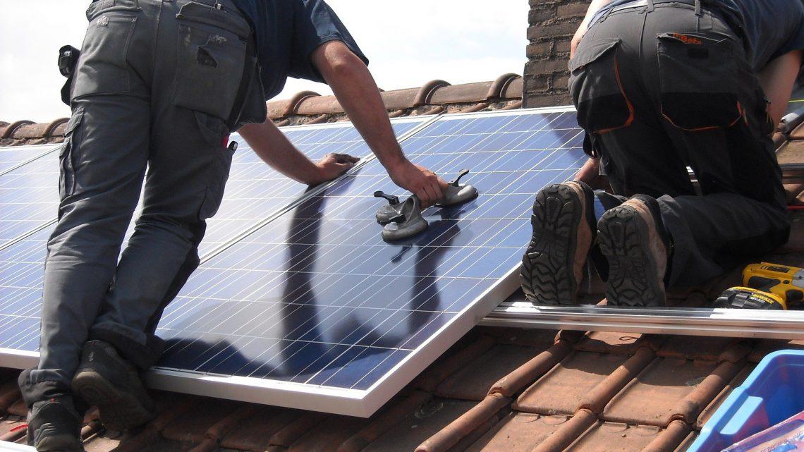Wat zijn de kosten van zonnepanelen huren?